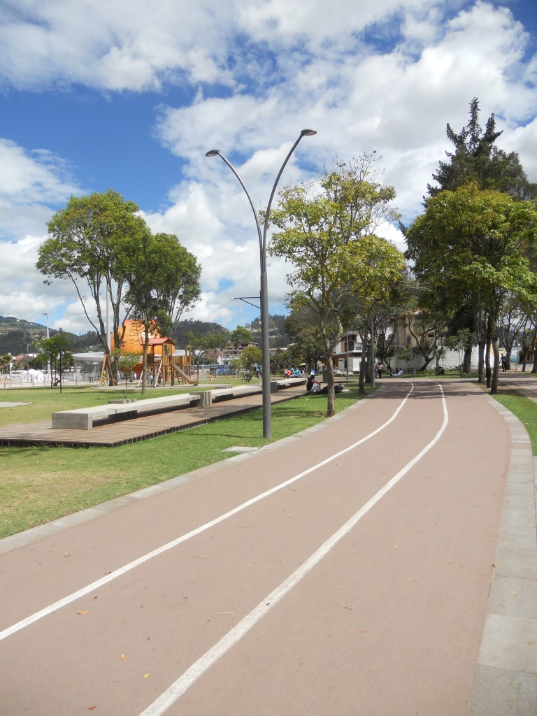 Track at Parque de la Madre